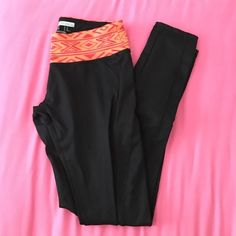 Forever21 Leggings Only used a couple of times. No trades, offers welcomed Forever 21 Pants Leggings