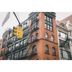 48 HOURS IN NYC ❤ liked on Polyvore featuring pictures, backgrounds, images, aesthetic and extras