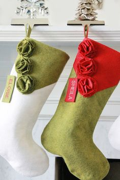 Set of 4 Wool felt Modern Christmas by ModernClassicDesigns