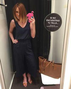 Instagram media by iranrodrigz - Tarde de shopping .... Encantada con mi corte de pelo @jesus_de_la_calle_newstyle 👏🏽👏🏽👏🏽