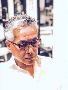 Grey Hair Men, Mens Hair, Handsome Asian Men, Hair Arrange, Daniel Craig, Tokyo Japan, Hair Designs, Hair Cuts, Mens Fashion