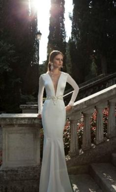 Take a look at Berta Winter 2014 Bridal Collection and maybe you'll find the wedding gown from your dreams. Berta Bridal, Bridal Gowns, Wedding Gowns, Red Wedding, Elegant Wedding, Boho Wedding, Wedding Photos, Cheap Bridal Dresses, Used Wedding Dresses