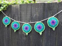 Lotus Mandala Prayer Flag joy bunting. Another beautiful creation from Crochet with Raymond! ☀CQ #crochet Thanks for sharing! ¯\_(ツ)_/¯