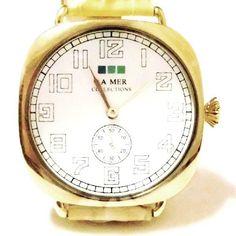 ブランド  : LAMER COLLECTIONS ( ラメールコレクション )人気のヴィンテージスタイルです。ミーガンフォックスさん 、アナリンマッコードさん 多数のセレブ愛用 スタイリッシュなロサンゼルス発のブランドですヴィンテージスタイルの 見やすい数字、本革の上質レザー を使用した 高級感 ある 素材 の かわいい 腕時計 ,セレブ愛用 人気腕時計 で お洒落 に コーディネート ♪ 男女兼用のユニセックススタイルです。【商品仕様】色 :  キャメル ゴールドサイズ : サイズは画像内を参照ください  *それぞれの個所の寸法の目安は 画像 イメージ 内をご参照ください * ハンドメイド 製品 の為 商品 ごとに若干の誤差がある場合がございます*保障カード(初期不良)と 特製BOX がついています。素材 : レザー 日本製のムーブメント使用品番 :OVERSIZE VINTAGE STYLE # LMOVW2039  camel ? gold 【 全国送料無料 】 ...
