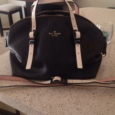 Kate Spade Black Handbag Authentic Kate Spade handbag in great condition. Also comes with an extra long strap. kate spade Bags Satchels