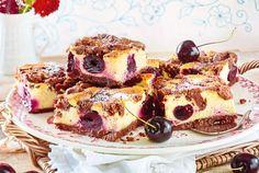 Chocolate crumble cake with cherries Chocolate Cherry Cake, German Cake, Good Food, Yummy Food, Cherry Recipes, Food Cakes, Cooker Recipes, Food And Drink, Cheesecakes