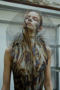 Backstage at Iris van Herpen, Fall Photo: Virginia Arcaro Iris Van Herpen, Fashion Moda, Runway Fashion, Fashion Art, Fashion Show, Fashion Design, Space Fashion, Crazy Fashion, Gareth Pugh