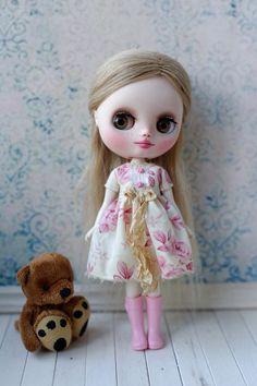 Middie Blythe dress