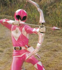 Pink Ranger (Kimberly) of the Mighty Morphin' Power Rangers aiming her bow Power Rangers Funny, Power Rangers Cosplay, Pink Power Rangers, Power Rangers Ninja Steel, Mighty Morphin Power Rangers, Kimberly Power Rangers, Pink Ranger Kimberly, Amy Jo Johnson, Power Rengers