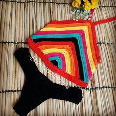 """384 curtidas, 9 comentários - Bebela Art Crochê (@bebelaartcroche) no Instagram: """"Conjunto cropped frente única + calcinha de squares  feito com fio de algodão, forrado e…"""""""