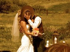 Private cowboy wedding kiss #Country #Wedding … Wedding ideas for brides, grooms, parents & planners https://itunes.apple.com/us/app/the-gold-wedding-planner/id498112599?ls=1=8 … plus how to organise an entire wedding, within ANY budget ♥ The Gold Wedding Planner iPhone App ♥  http://pinterest.com/groomsandbrides/boards/  For more #Wedding #Ideas & #Budget #Options ... #Rustic #Country #Western #Cowboy #Cowgirl