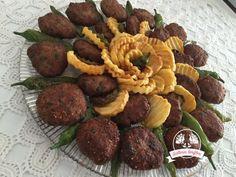 Bulgur Köftesi Tarifi | Güllerin Tarifleri Ethnic Recipes, Food, Bulgur, Meals