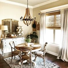 Ideas kitchen window dressing french country dining rooms for 2019 Farmhouse Dining Room Set, French Country Dining Room, Dining Nook, Dining Room Sets, Dining Room Design, Dining Room Table, Rustic Farmhouse, Small Dining Rooms, Country French
