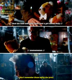 """""""I don't remember those being the lyrics"""" - Captain Cold ((he's sooo done)) and The Trickster #TheFlash"""