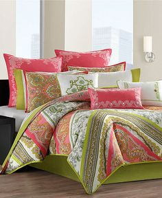 Absolutely love this.... I'm thinking this would be fun for our guest room!  Bright / Happy / Comfort