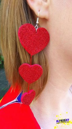 Red glitter hearts earrings from felt with a red thread Red Red Glitter, Glitter Hearts, Glitter Shoes, Felt Hearts, Glitter Force, Red Earrings, Heart Earrings, Etsy Earrings, Earrings Handmade