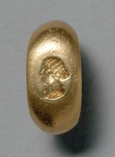 Ring portrait head of Faustina the Younger Roman, Middle Empire Second Century AD.