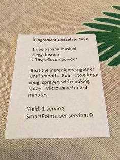 3 Ingredient Chocolate Cake 2 Tbsp cocoa powder microwave minutes Best when topped with a few choc chips Great for a healthy quick chocolate fix Weight Watcher Desserts, Weight Watchers Smart Points, Weight Watchers Diet, Smartpoints Weight Watchers, Healthy Sweets, Healthy Snacks, Healthy Eating, Clean Eating, Healthy Recepies