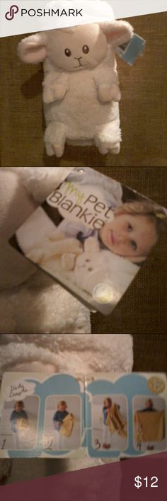 "NWT ""My Pet Blankie"" Baby blanket w/lamb Sooooo soft,  Ivory baby blanket with attached pet...Perfect for long rides in the car or at nap time.  Great baby shower gift!  Machine washable. My Pet Blankie Accessories"