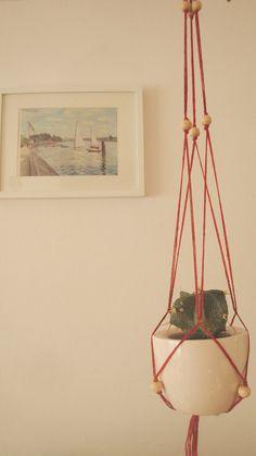 Beaded plant hanger. Macrame plant hanger. by laLunaCreazioni