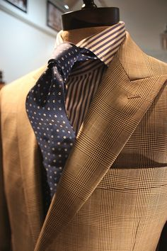 A great pocket square with rich amber, deep mellow yellow with a hint of blue/brown will set this off. ~R~ -Glen Check Suit Primavera Tailor