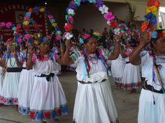 Mujer Tepehua de Pisaflores Veracruz