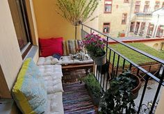 Small Balcony Decoration Don't let the space restrict you when decorating a small balcony. You can create great spaces with small balcony decoration ideas. With small balcony . Simple Balcony Designs, Small Balcony Design, Tiny Balcony, Small Patio, Balcony Ideas, Balcony Garden, Patio Ideas, Small Balconies, Balcony Bench