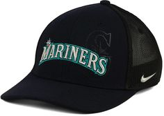 This attractive Nike MLB Sweet Spot Swooshflex cap combines fashion with functionality. With a brightly-embroidered Seattle Mariners graphic on the front and back, this hat will keep you cool as things heat up the diamond. Mid crown Structured fit Normal bill Raised embroidered team graphic at front Flat embroidered team logo at back Stitched brand logo at left side Stretch fitted Polyester/spandex Spot clean