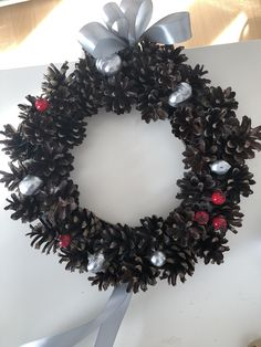 Christmas Wreaths, Holiday Decor, Home Decor, Decoration Home, Room Decor, Interior Design, Home Interiors, Christmas Garlands, Advent Wreaths