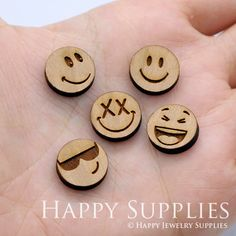 4pcs (SWC168) DIY Laser Cut Wooden Face Charms