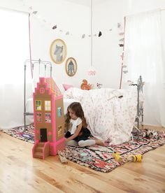 Cardboard Brownstone Doll House | mer mag