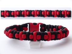 "modern How to Make a ""Cross Pattern"" 2 Strand Round Braid Paracord Bracelet - CBYS - Yo. Paracord Bracelet Designs, Paracord Bracelet Survival, Paracord Projects, Paracord Bracelets, Paracord Ideas, Survival Bracelets, Paracord Tutorial, Bracelet Tutorial, Paracord Braids"