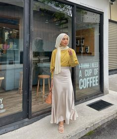 Modern Hijab Fashion, Street Hijab Fashion, Hijab Fashion Inspiration, Muslim Fashion, Modest Fashion, Fashion Outfits, Modest Outfits Muslim, Hijab Fashionista, Casual Hijab Outfit