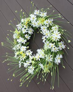 Spring Wreath Daisy Wreath White Daisies by TheTangledTreehouse, $52.00