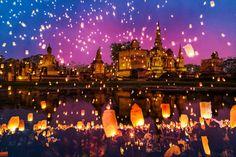 FESTIVAL DELLE LUCI THAILANDIA 01 - 05 Novembre 2017 Una cerimonia meravigliosa⛩⛩⛩⛩  #thailandia #discoverthailand #iovethailand #sukhothai #unesco #festivaldelleluci #loikrathong #loikrathong2017 #discoversukhothai #ilmondoinunclick #viaggiarechepassione #i❤️Thailand #theworldinyourhands #instafest #instathailand #instasukhothai #kanoa #jldefoe #amoviaggiare #sukhothai2017 #tradizioni #eventi2017 #luci #migliorifeste #bestevents #eventsworldwide #emozioni
