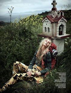 Vogue-Netherlands-June-2017-Jessie-Bloemendaal-by-Paul-Bellaart-12.jpg