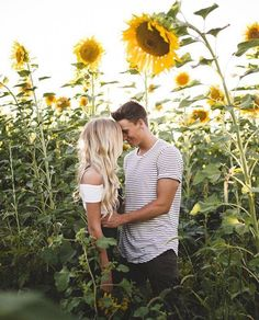 (notitle) How To Take Engagement Photos At Night Engagement Photo Dress Bridesmaid Dress Rentals Wedding Photography Preparation Checklist freeconsultations Photography Couples weddingpreparationchecklistfreeprintable is part of Field engagement photos - Night Engagement Photos, Engagement Photo Dress, Engagement Photo Inspiration, Engagement Photography Tips, Couple Photography Poses, Wedding Photography, Sunflower Field Pictures, Sunflower Pics, Pre Weding