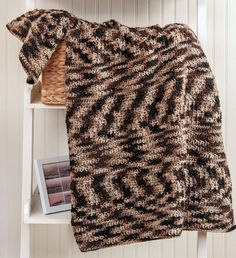 Crochet Patterns For Veterans : Armed forces, Afghans and Afghan dresses on Pinterest