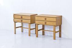 1950s Bedside table by Yngve Ekström via modernisten. Click on the image to see more!