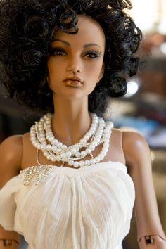 Barbie Dolls : Sidra – Lt brown Lahela from iplehouse Beautiful Barbie Dolls, Pretty Dolls, Cute Dolls, Diva Dolls, Bjd Dolls, Barbie Style, African American Dolls, Poppy Parker, Black Barbie