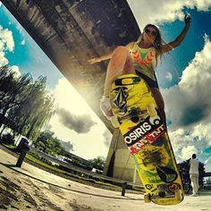 #girlsonboards #skatergirl #skateboard