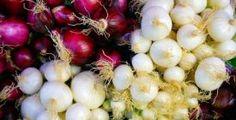 Očista střev: Lněné semínko dokáže s vaším tělem doslova zázraky Onion, Detox, Fruit, Vegetables, Food, Onions, Essen, Vegetable Recipes, Meals