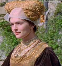 """Catherine Siggins como Ana de Cleves na série """"The Six Wives of Henry VIII"""" em Anne Of Cleves, Anne Boleyn, Wives Of Henry Viii, Tudor Costumes, Wars Of The Roses, Tudor History, King Queen, Renaissance, Documentaries"""