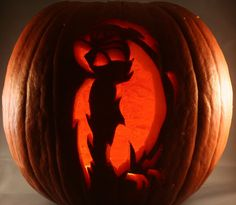 Step-by-step tutorial on how to carve professional looking pumpkins the easy way - illistyle.com