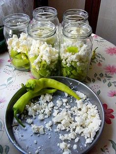 Pickled Peppers with Milk Pureed Food Recipes, New Recipes, Salad Recipes, Healthy Recipes, Albanian Cuisine, Marinated Olives, Cream Cheese Recipes, Turkish Recipes, Fermented Foods
