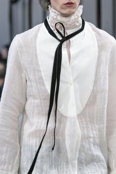 Ann Demeulemeester Fall 2017 Menswear Fashion Show Details
