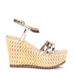 Sandalia planaforma yute Pedro Miralles en cuero dorado #madeinspain  #pedromiralles #flat #shoes #shoeporn #style #trends #ss16 #shoes #calzado #yute #metal #gold