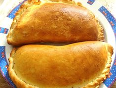 Hot Dog Buns, Hot Dogs, Pastry And Bakery, Empanadas, Foodies, Cooking Recipes, Bread, Drinks, Floral