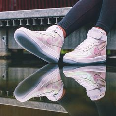 Nike Iridescent Air Force 1