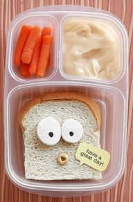 Lunch with personality! Just cut off the crust from the sides and bottom beginning where the loaf dips in. add a Cheerio for an open mouth. The speech bubble is just punched cardstock. The eyes are slices of marshmallow with edible marker. Cute Food, Good Food, Yummy Food, Yummy Lunch, Healthy Food, Kids Lunch For School, School Lunches, Kid Lunches, Boite A Lunch
